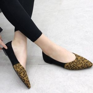 Leopard Printed Patchwork Pointed Flats
